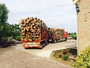 in en verkoop hout (3)